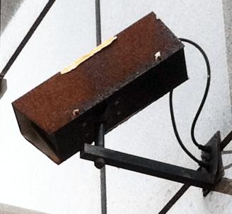 verouderde bewakingscamera