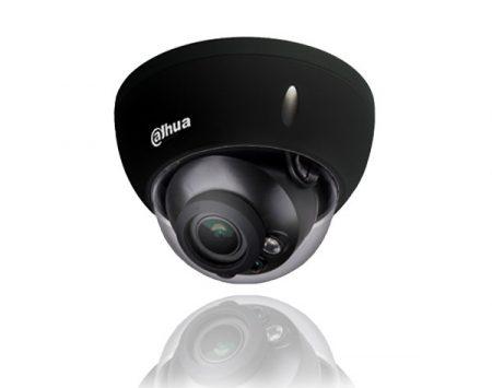 Zwarte-dome-bewakingscamera-